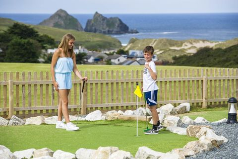 cornwall family holidays