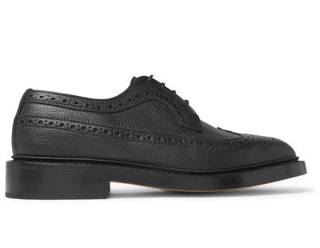 Footwear, Shoe, Black, Dress shoe, Sneakers, Oxford shoe, Plimsoll shoe, Skate shoe, Leather, Athletic shoe,