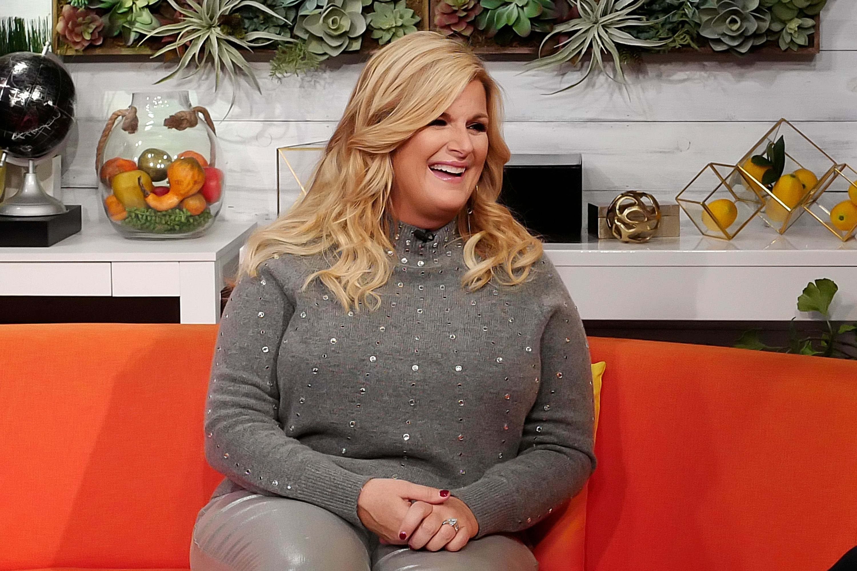 Trisha Yearwood Still Makes Her Grown Children Decorate the Christmas Tree as a Family