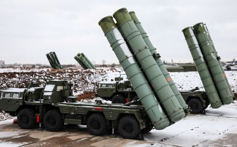 S-400 Triumf missile systems enter combat duty in Crimea