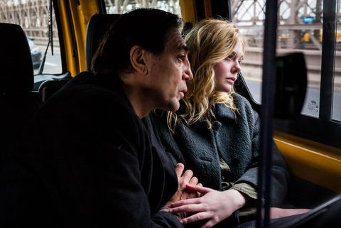 """Javier Bardem y Elle Fanning en """"The Roads Not Taken"""""""