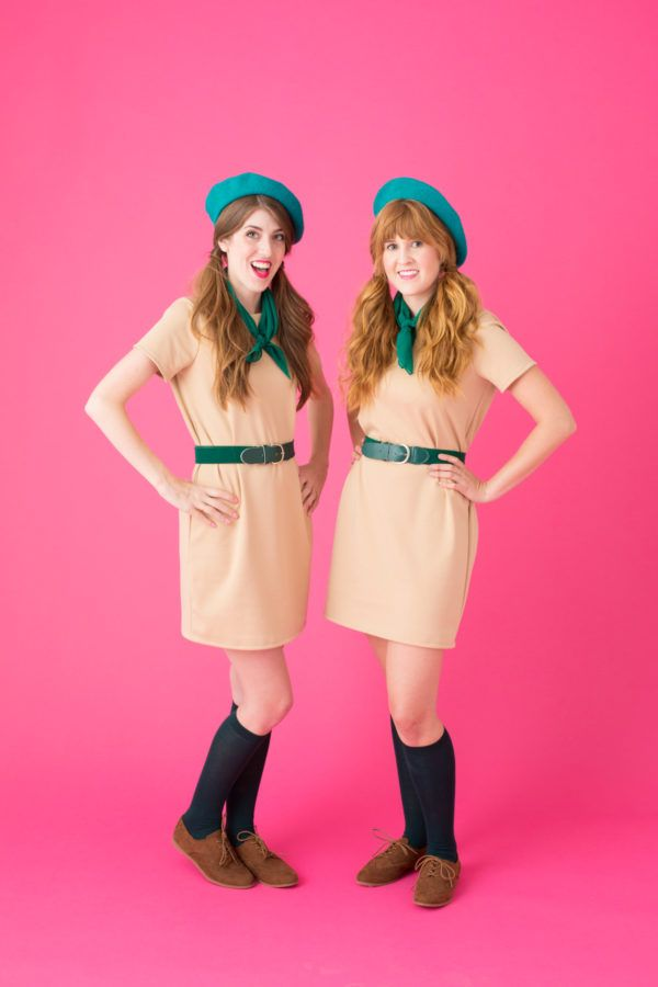 15 best friend halloween costumes matching costumes for friends