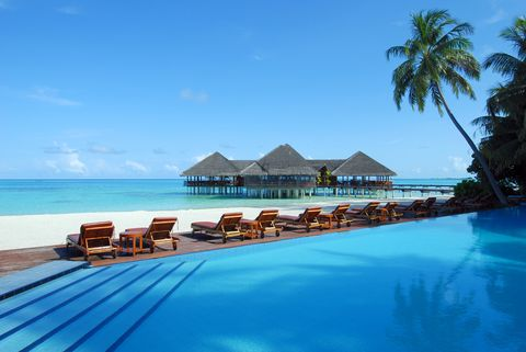cheap christmas flights the best time to book your winter sun - Cheap Christmas Flights