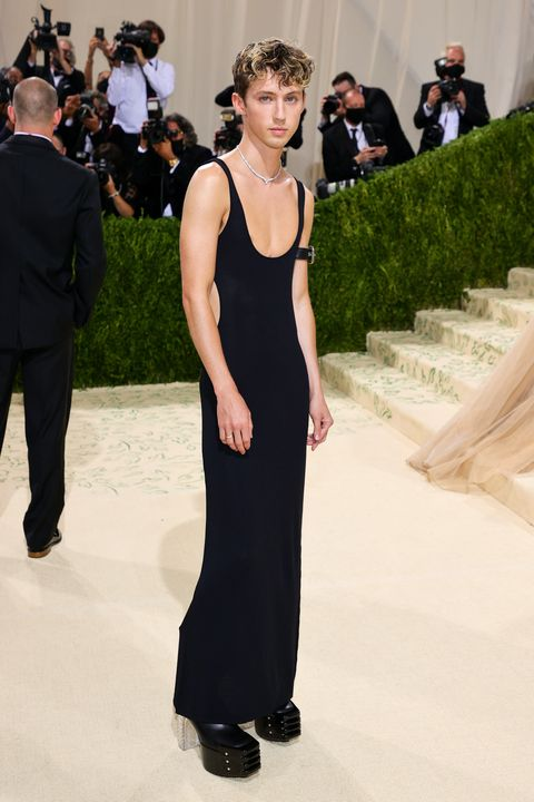 the 2021 met gala celebrating in america a lexicon of fashion troye sivan in altu