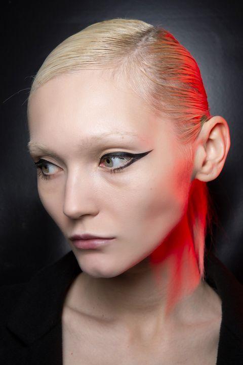 trucco occhi eyeliner inverno 2020 2021