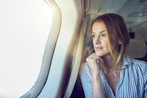 Trucos de belleza para viajar en avión