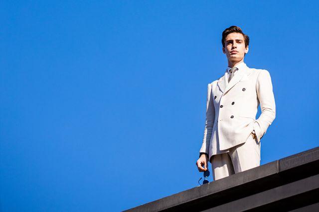 trucos vestir blanco hombre verano