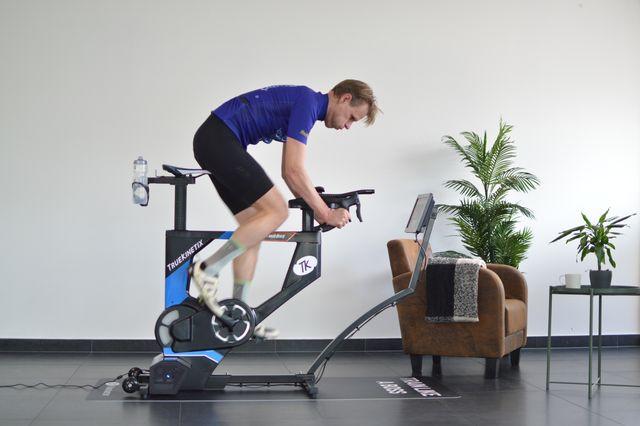truebike   de nieuwe manier van binnen trainen