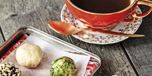 Trufas con té verde, avellanas y cacao