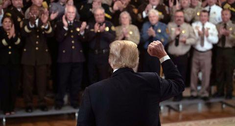 TOPSHOT-US-POLITICS-TRUMP-SHERIFFS