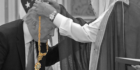 White, Black-and-white, Cope, Tradition, Religious institute, Pope, Religious item, Event, Priesthood, Ceremony,