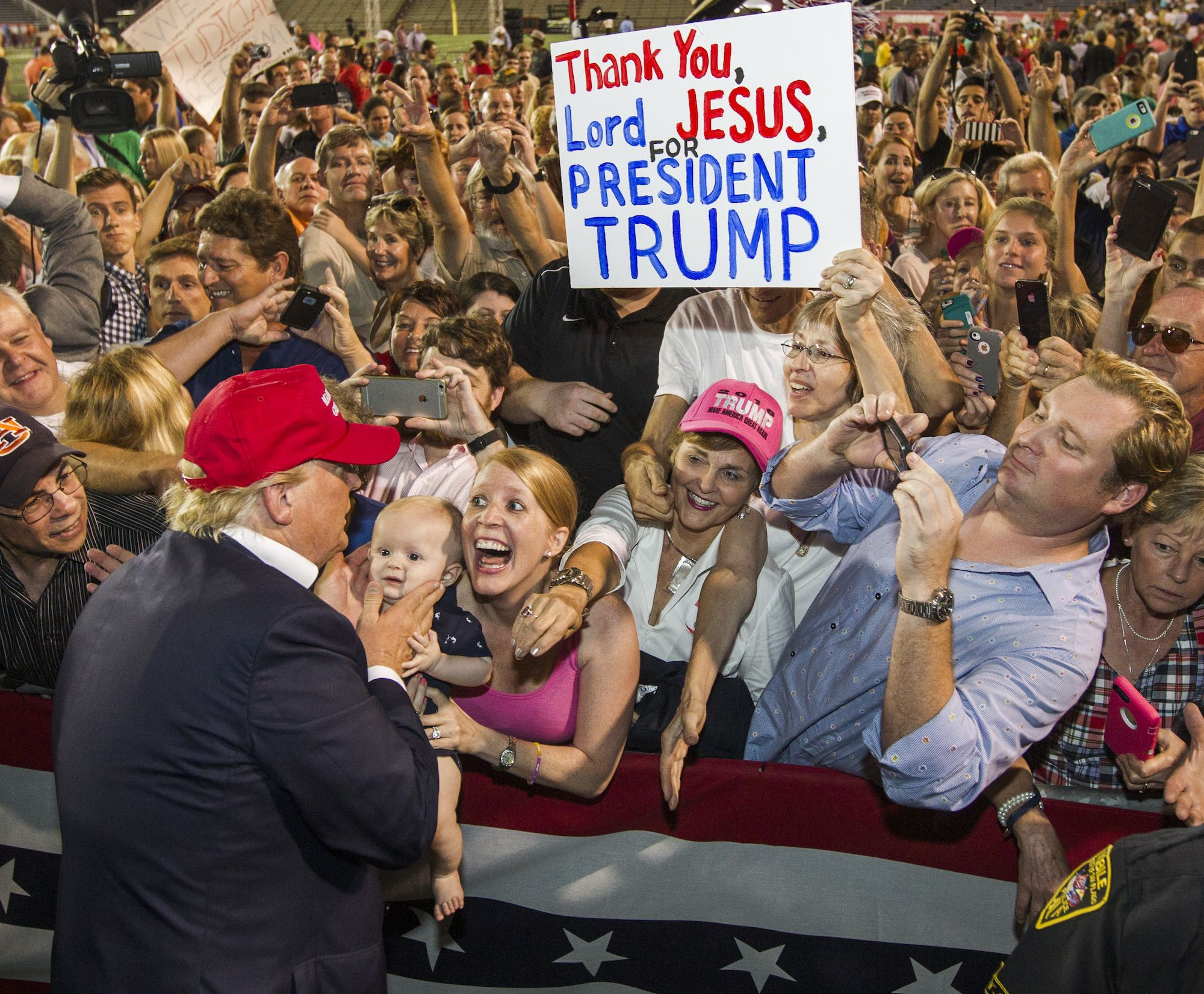 South Carolina signals Republicans have handcuffed themselves to Donald Trump, American president.