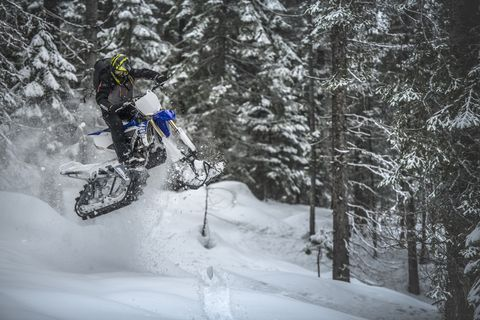 Snow Dirt Bike >> This Winter Turn Your Dirt Bike Into A Snow Punishing Timbersled