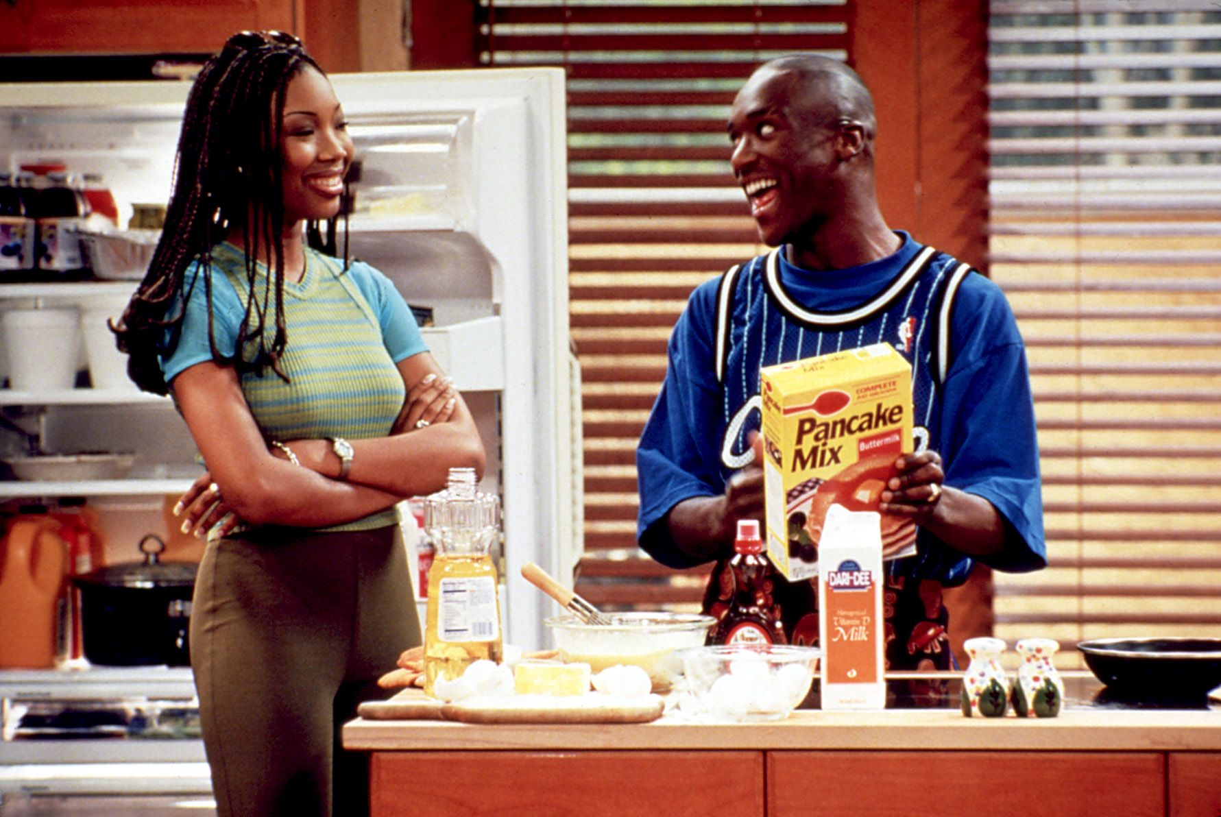 MOESHA, Brandy Norwood, Lamont Bentley, 1996-2001, kitchen