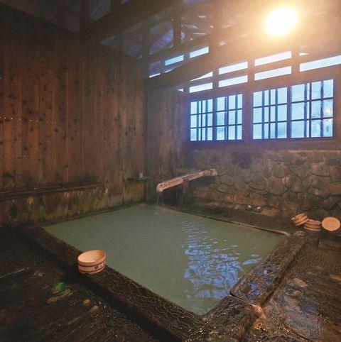 鶴の湯 湯小屋