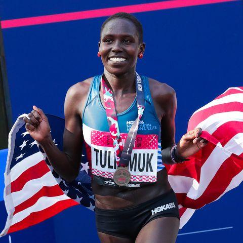 Athlete, Sports, Heptathlon, Individual sports, Athletics, Recreation, Endurance sports, Running, Competition, Exercise,