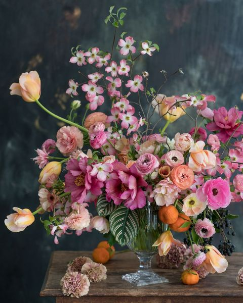 20 Spring Wedding Flower Ideas Bridal Bouquets And Floral Centerpieces For A Spring Wedding