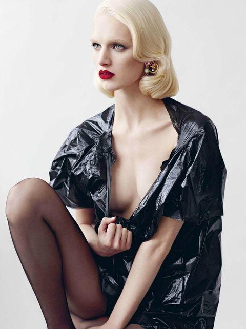 Hair, Clothing, Blond, Beauty, Fashion model, Hairstyle, Lip, Photo shoot, Model, Fashion,
