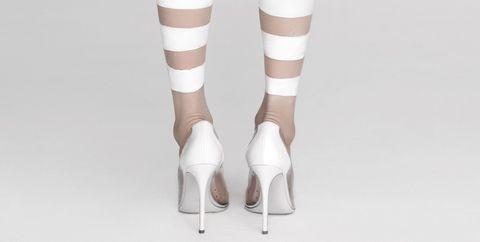 Leg, Human leg, Joint, White, Style, Pattern, Waist, Fashion, Beige, Tights,