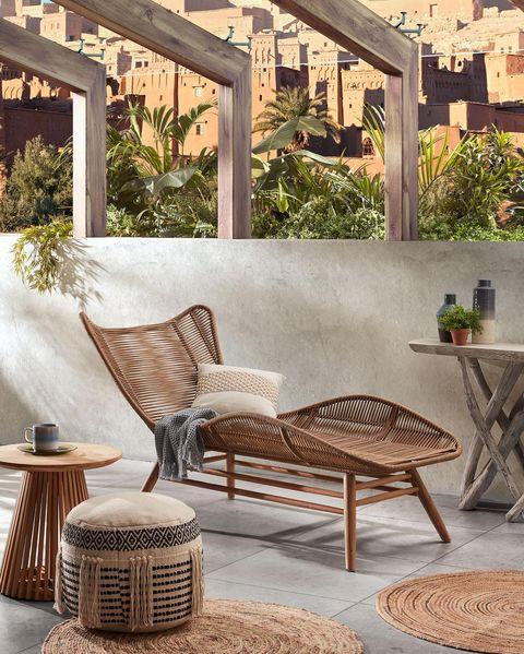 tumbona con estructura de madera de eucalipto macizo acabado natural