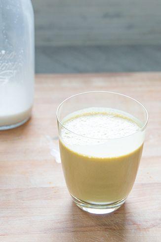 Turmeric Smoothie with Homemade Hemp Milk