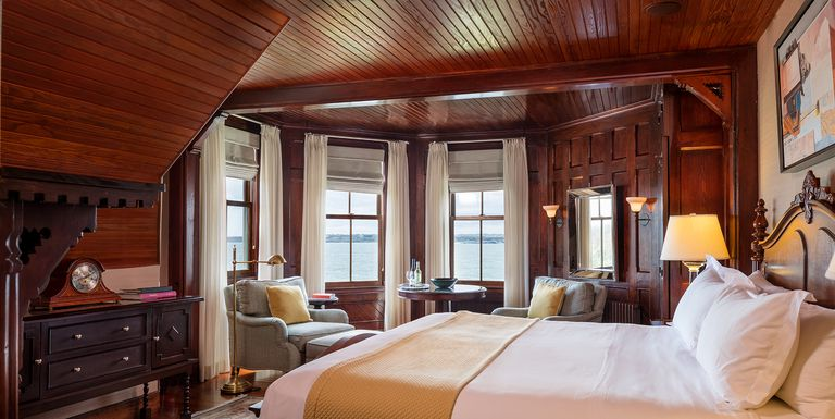 12 Romantic Getaways In New England