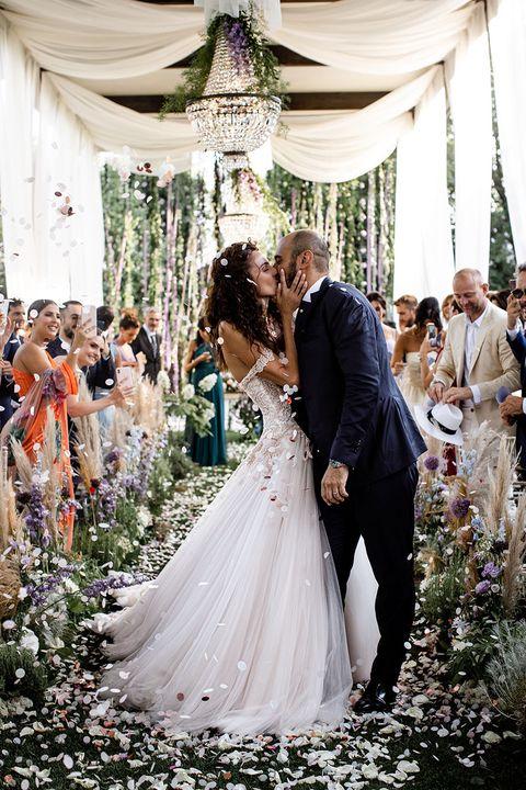 Bride, Gown, Wedding dress, Photograph, Dress, Bridal clothing, Clothing, Ceremony, Wedding, Marriage,