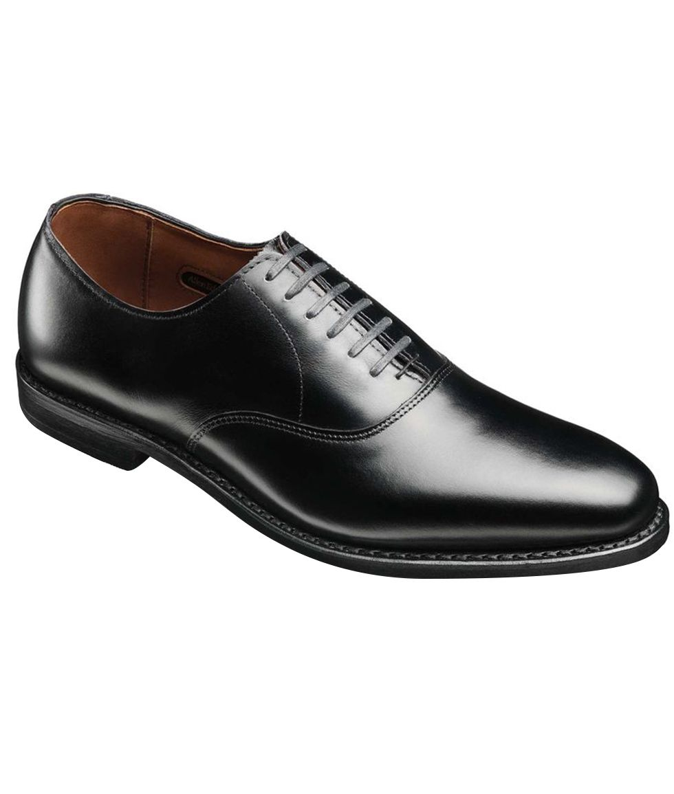 725cfe11939f Here Are the Shoes You Should Wear With a Tux