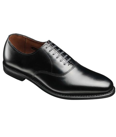 0c398742975 Here Are the Shoes You Should Wear With a Tux