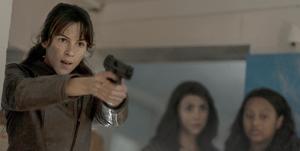 Annet Mahendru as Huck, Aliyah Royale as Iris, Alexa Mansour as Hope - The Walking Dead: World Beyond