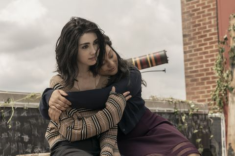 alexa mansour as hope, aliyah royale as iris   twd3  season 1   photo credit sarah shatzamc
