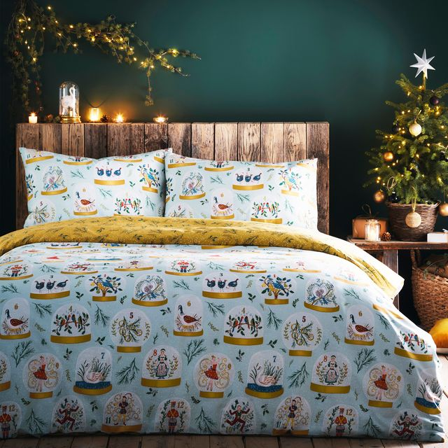 get festive with these christmas bedding sets