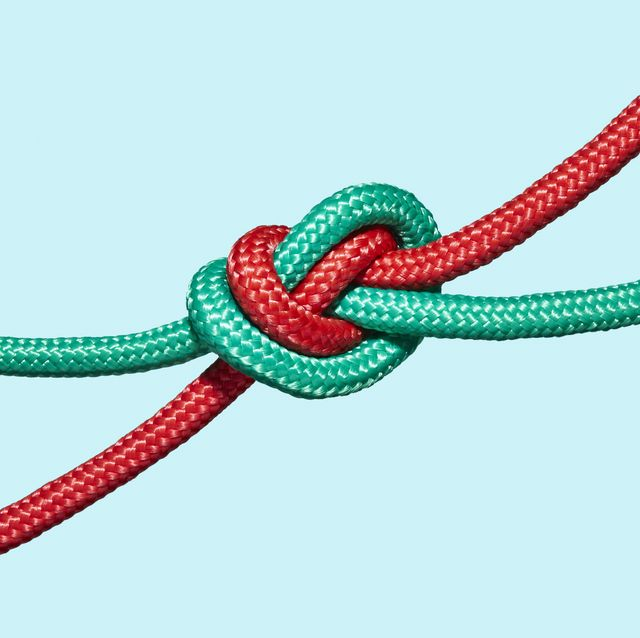 two coloured ropes knotted together