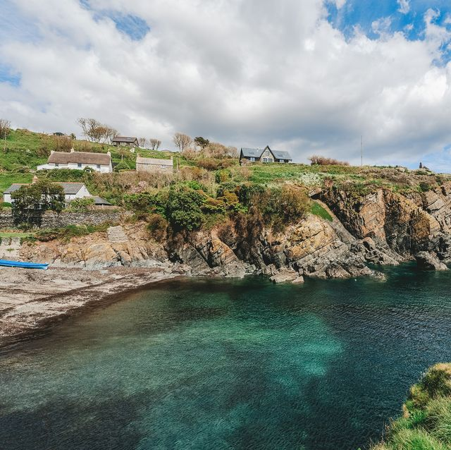 2 adjoining cottages for sale in cornwall