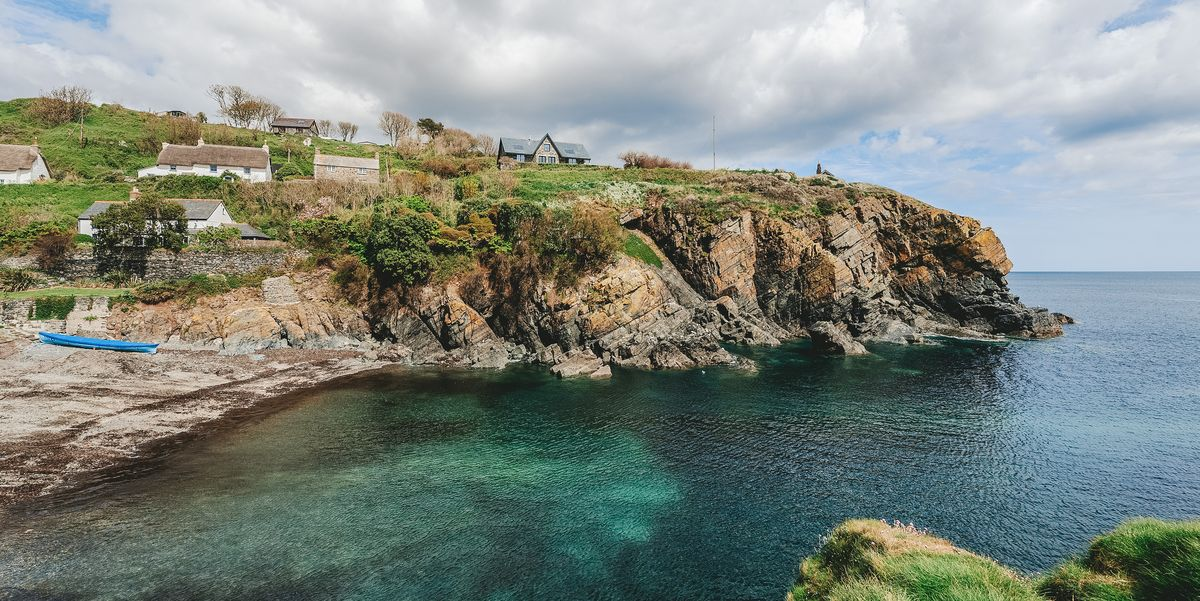 Rare opportunity to buy two adjoining thatched cottages in South Cornwall