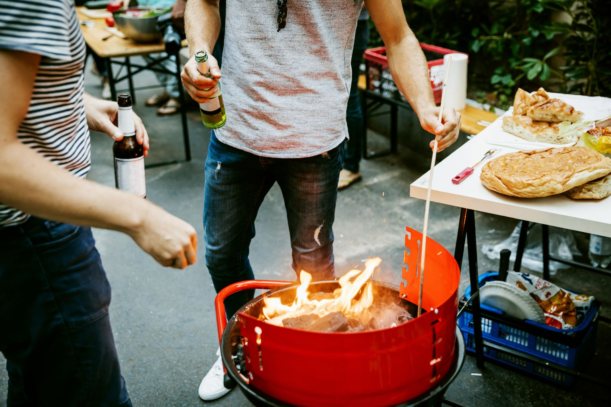 The Science Behind Why You Drink More Beer at a Cookout