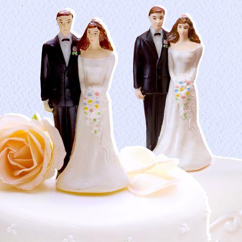 Figurine, Bride, Wedding ceremony supply, Wedding cake, Cake decorating, Formal wear, Dress, Gown, Yellow, Wedding,