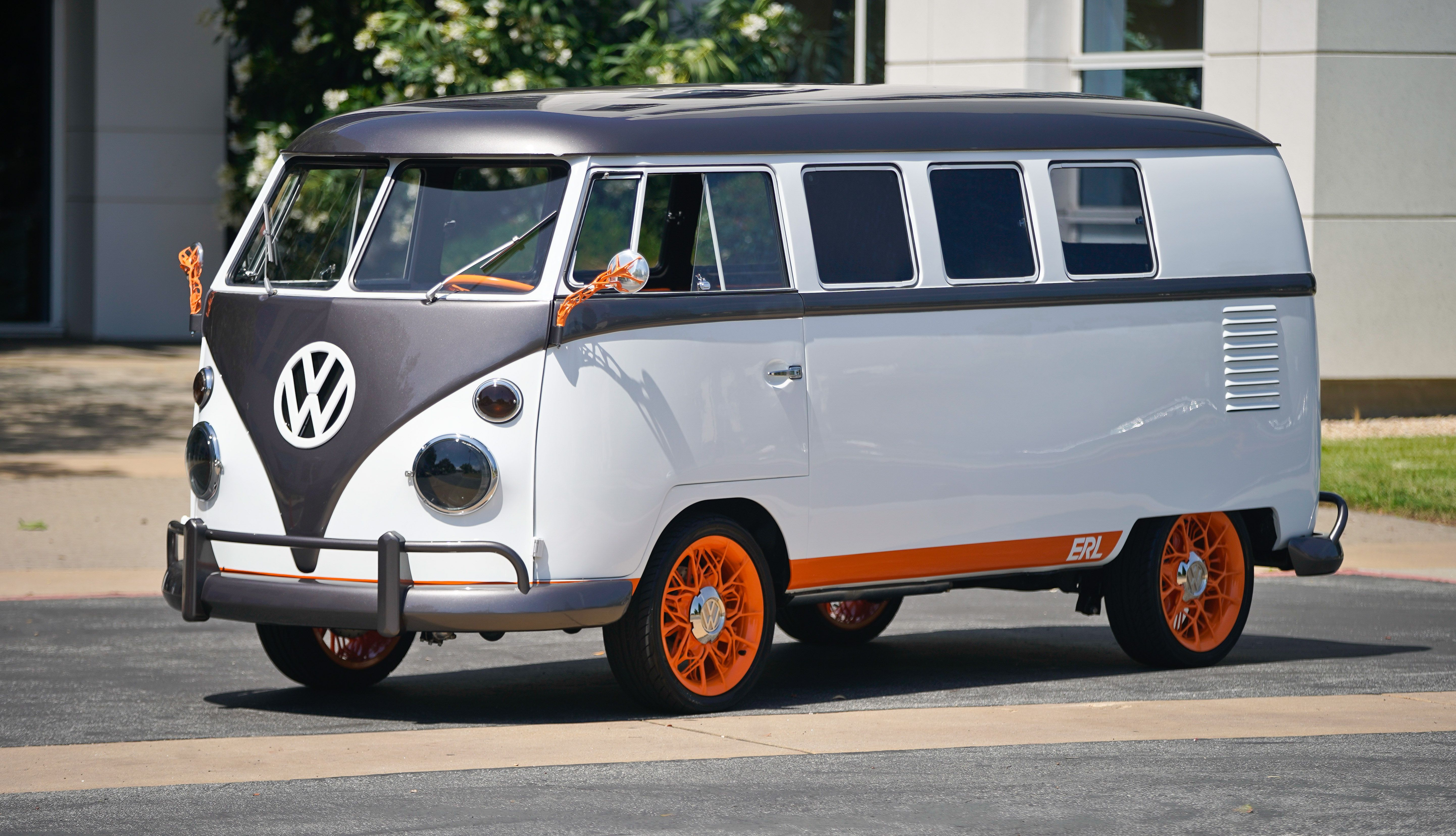 Volkswagen's EV Microbus Concept Will Thrill Fans of the