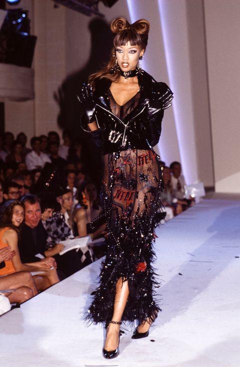 Défilé Thierry Mugler, Haute-Couture Automne-Hiver 1992-93