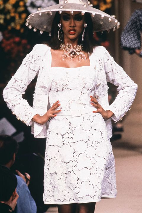 The 18 Best Tyra Banks Catwalk Looks Tyra Banks Most