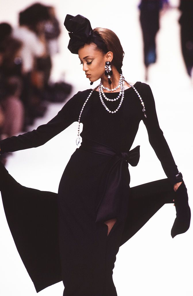 12359b1ef32170 The 18 Best Tyra Banks Catwalk Looks–Tyra Banks Most Memorable Moments On  the Runway