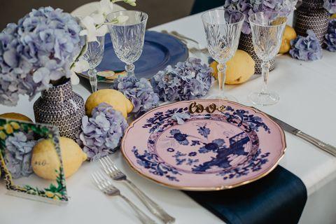 Porcelain, Dishware, Saucer, Blue and white porcelain, Tableware, Ceramic, Dinnerware set, Plate, Platter, Table,