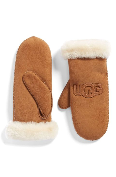 Footwear, Shoe, Slipper, Fur, Tan, Brown, Beige, Suede, Fur clothing, Boot,