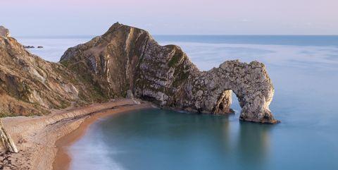 Body of water, Coastal and oceanic landforms, Coast, Water, Shore, Rock, Sand, Bay, Sea, Ocean,
