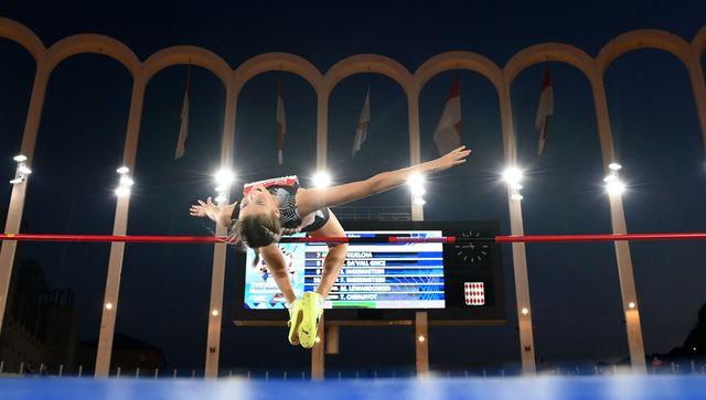 yaroslava mahuchikh, subcampeona mundial de salto de altura