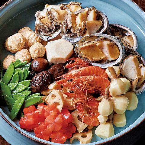 乗松祥子の「梅仕事おせちレシピ」梅煮しめ(才巻き海老、とこぶし、鶏団子、野菜、干し椎茸)