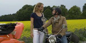 Lara-Joy koner y Julian Weigend en la película de Inga Lindström: Un amor a primera vista.