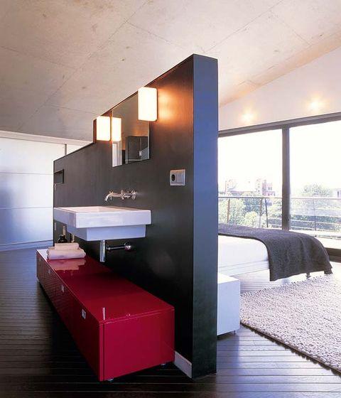 baño integrado en el dormitorio