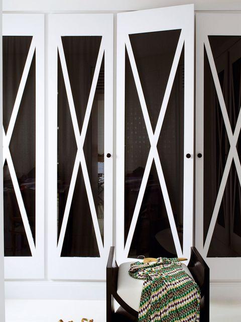 armario con aspas de madera