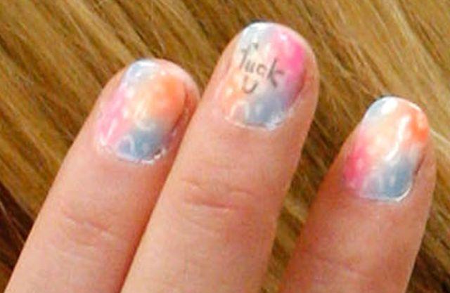 uñas pintadas